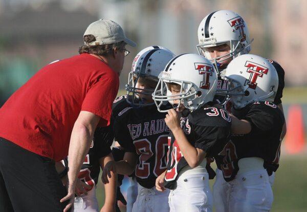 football-coach-1658151_1280